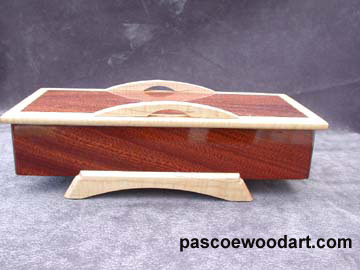 handcrafted decorative box - Bridge  - made of Salepe and Tiger maple  - Front view