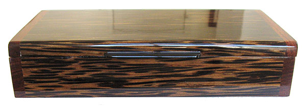 Handmade wood box - Black palm front view