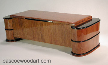 Artistic wood box made of solid bubinga with ebony accents - Suspended box design - Fastness