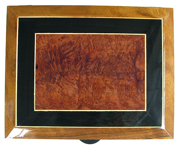 Beveled box top with mosaic of African blackwood, redwood burl and holley framed in shedua