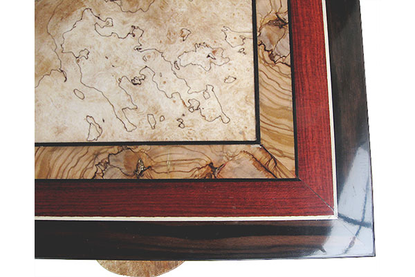 Mosaic top made of spalted maple,olive, bloodwood, ebony - Close up - Handacrafted wood box