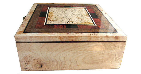 Burley maple box side - Handcrafted large wood keepsake box