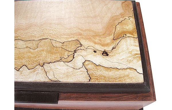 Spalted maple box top close-up - Handcrafted decorative wood keepsake box