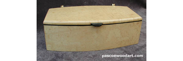 Pascoe's Wood Art: Handcrafted, decorative wood box - Solid maple, blistered maple veneer