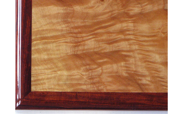 Mapleburl box top close up - Handcrafted wood box