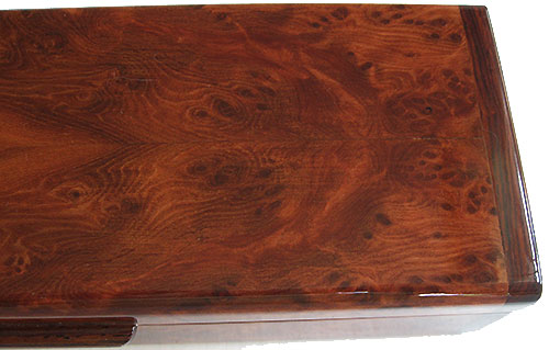 Redwood burl pill box top close-up - Handmade decorative wood weekly pill organizer for traveling