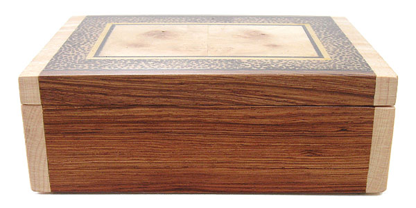 Decorative small wood box - Front view