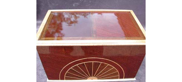 Handmade CD or DVD storage box -  Decorative wood box - Sapele body with Curly maple trim and Shedua inlay - Top view