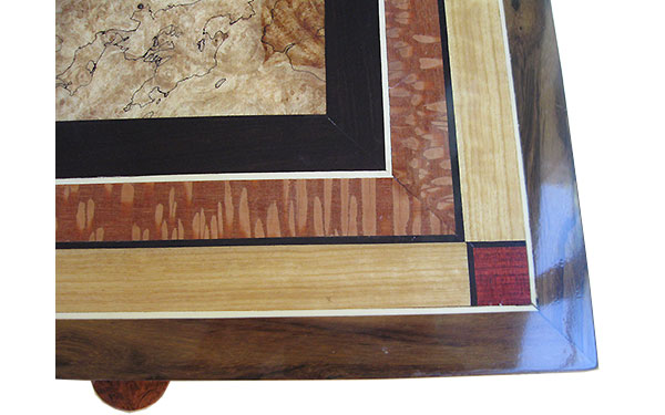 Mosaic box top - Close up - Handcrafted large wood box