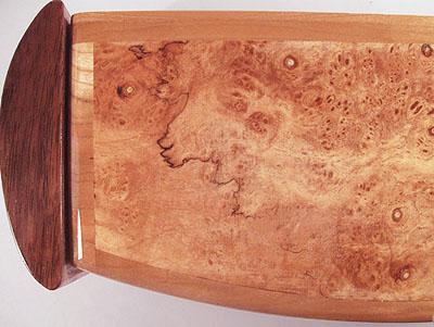 Maple burl to closeup - Decorative weekly pill organizer